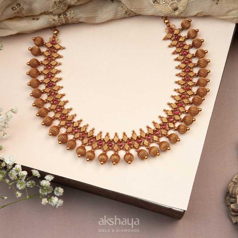 Akshaya Gold Necklace GL10216