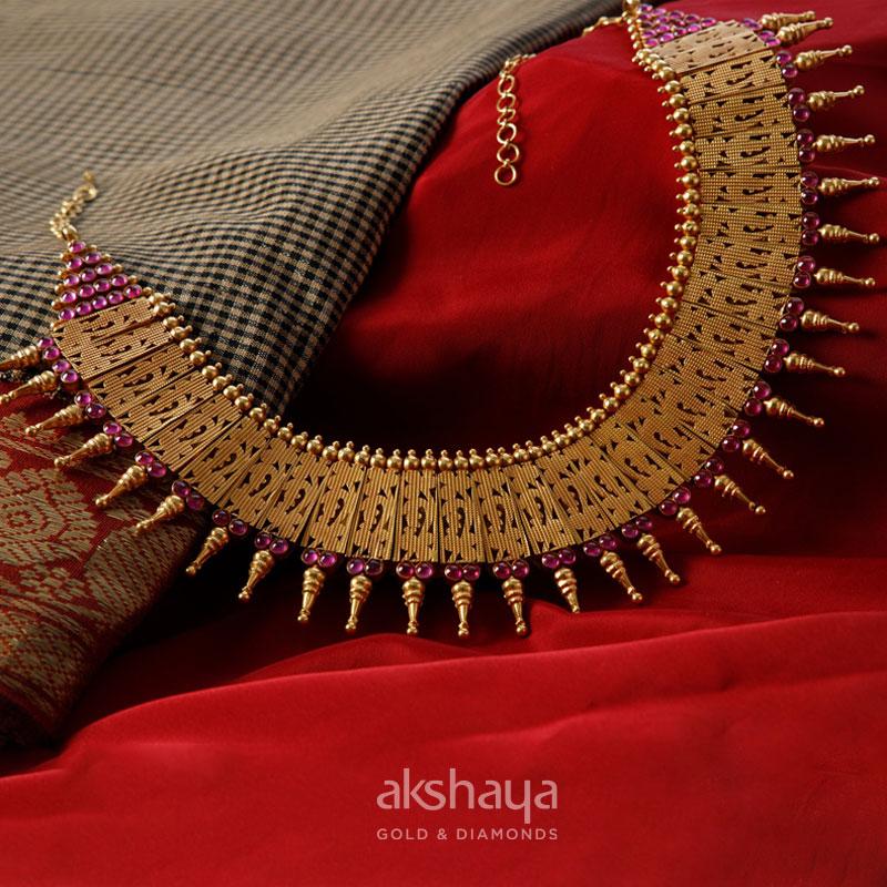 Akshaya Gold Necklace GL10223