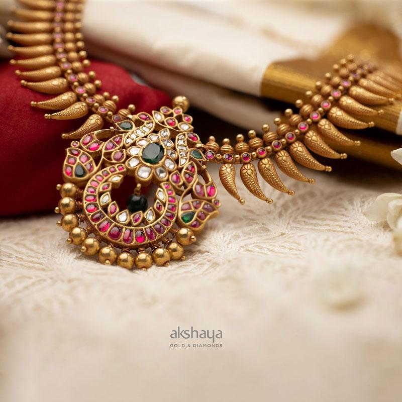 Akshaya Gold Necklace GL10228