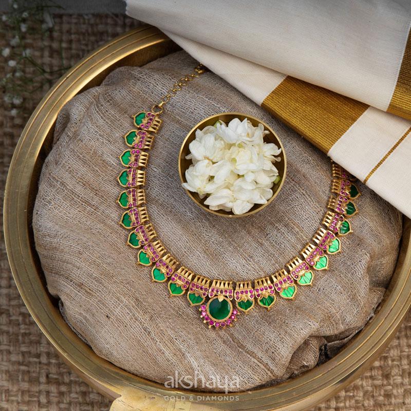 Akshaya Gold Necklace GL10235