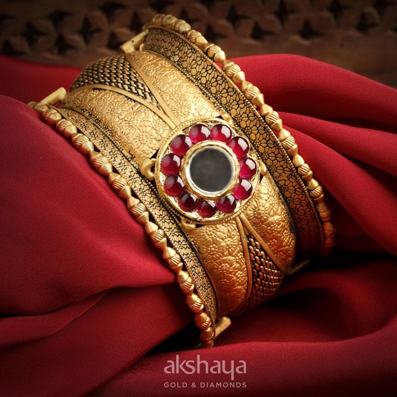 akshaya Gold Earring GL10128