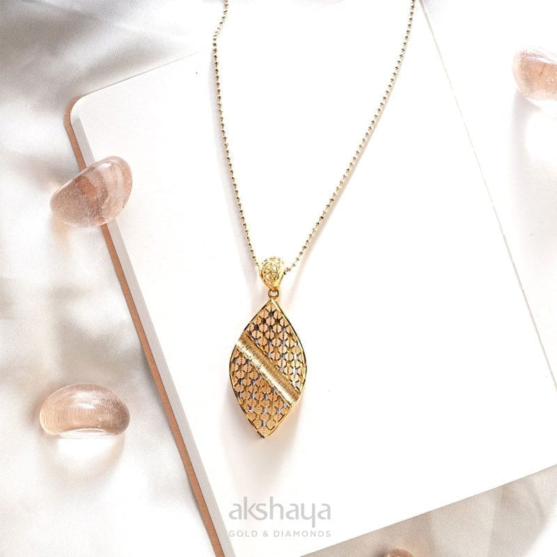 Akshaya Gold Pendant GL10515