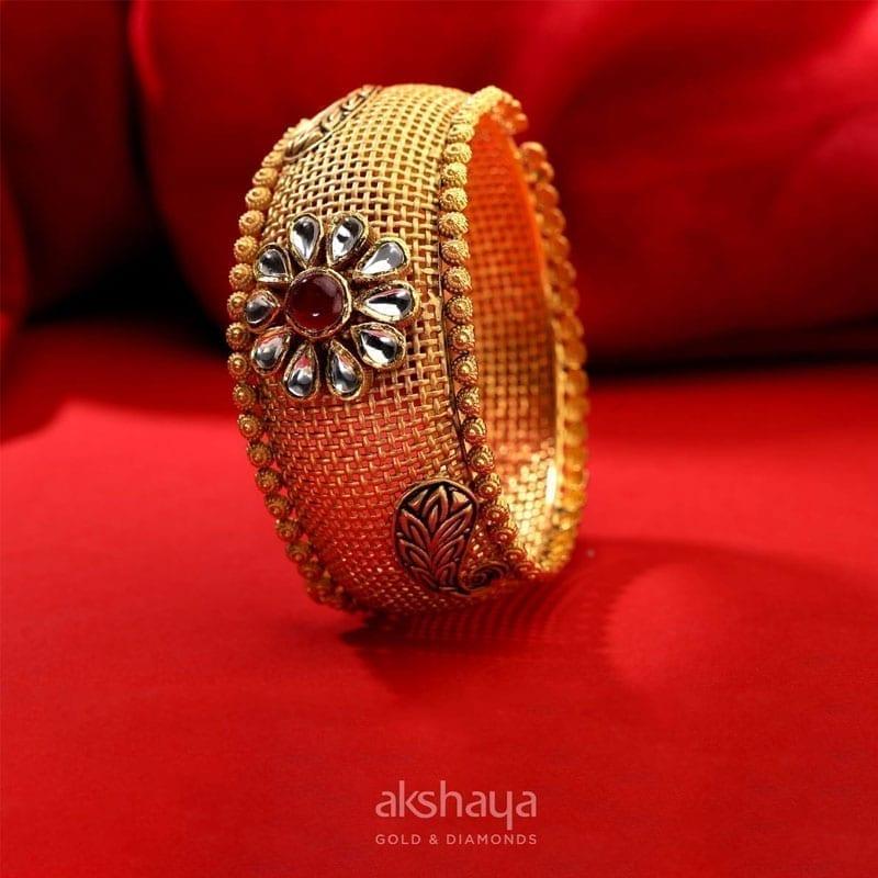 Akshaya Gold Bangle GL10323