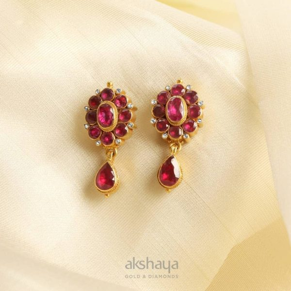 Akshaya Gold Earring GL10132