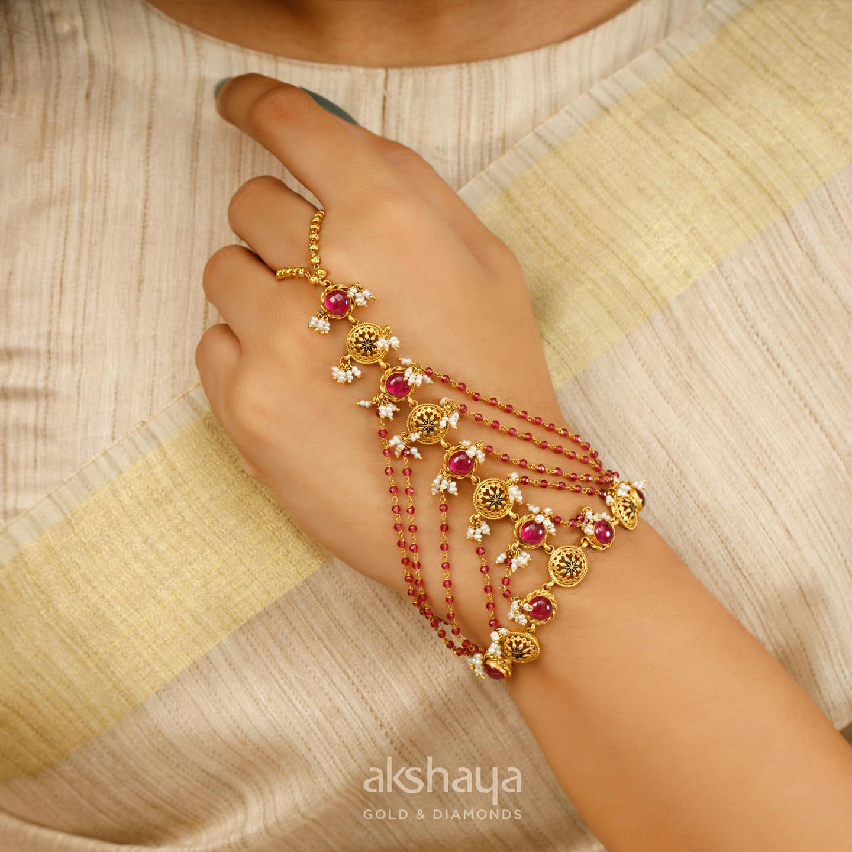Akshaya Gold Bracelet GL10812